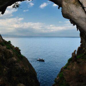 Baunei. Grotta di San Pasquale.