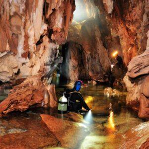 Baunei. Il sifone della Grotta del Fico.